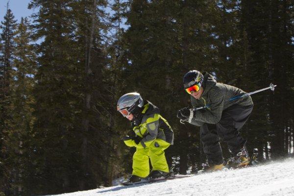 family ski rentals
